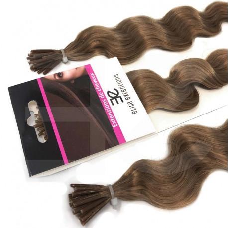 Extensions à froid châtain clair cheveux frisés 60 cm